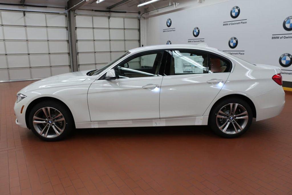 2017 BMW 3 Series 330i - 16640646 - 1