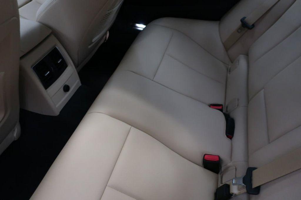 2017 BMW 3 Series 330i - 16640646 - 20