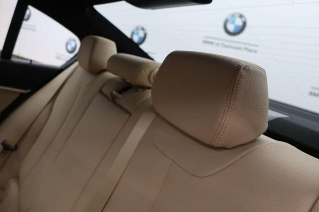 2017 BMW 3 Series 330i - 16640646 - 22