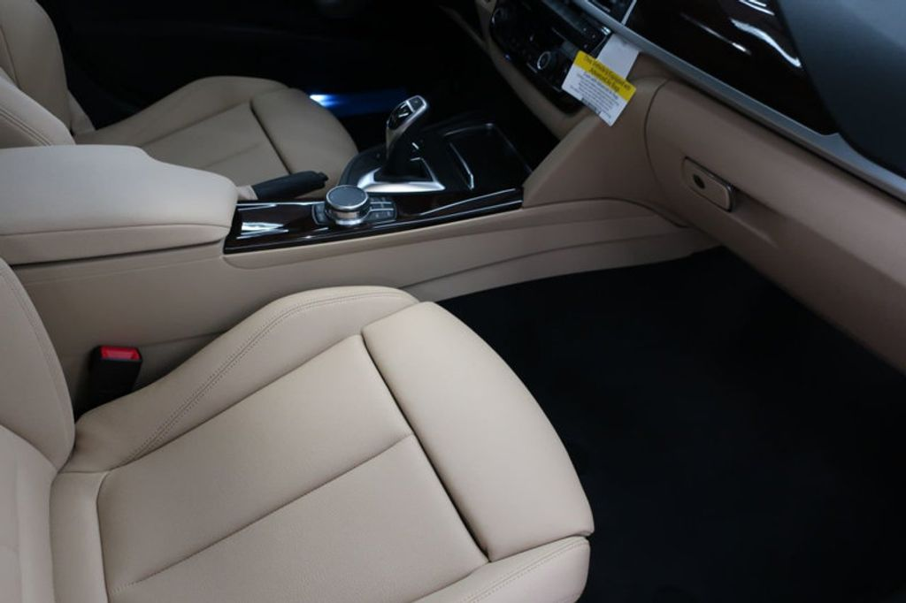 2017 BMW 3 Series 330i - 16640646 - 25