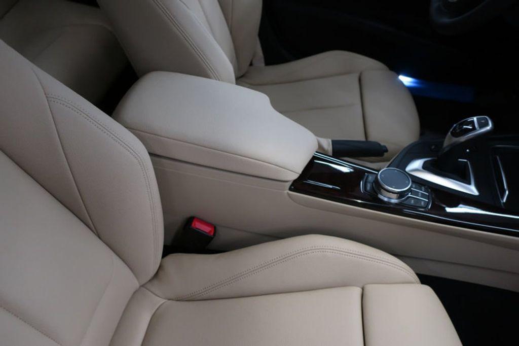 2017 BMW 3 Series 330i - 16640646 - 28