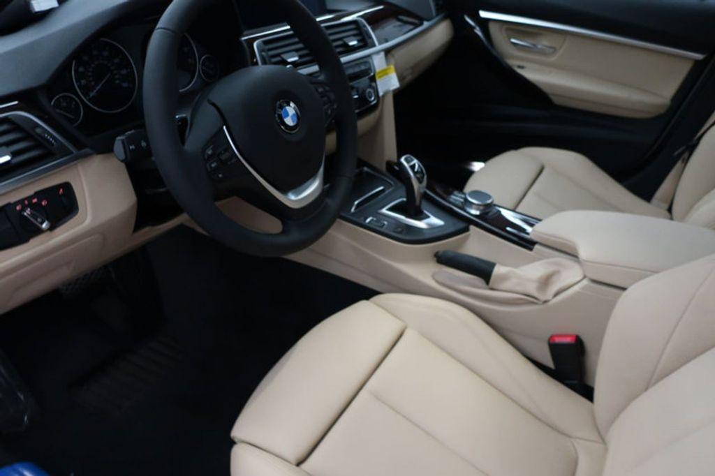 2017 BMW 3 Series 330i - 16640646 - 32