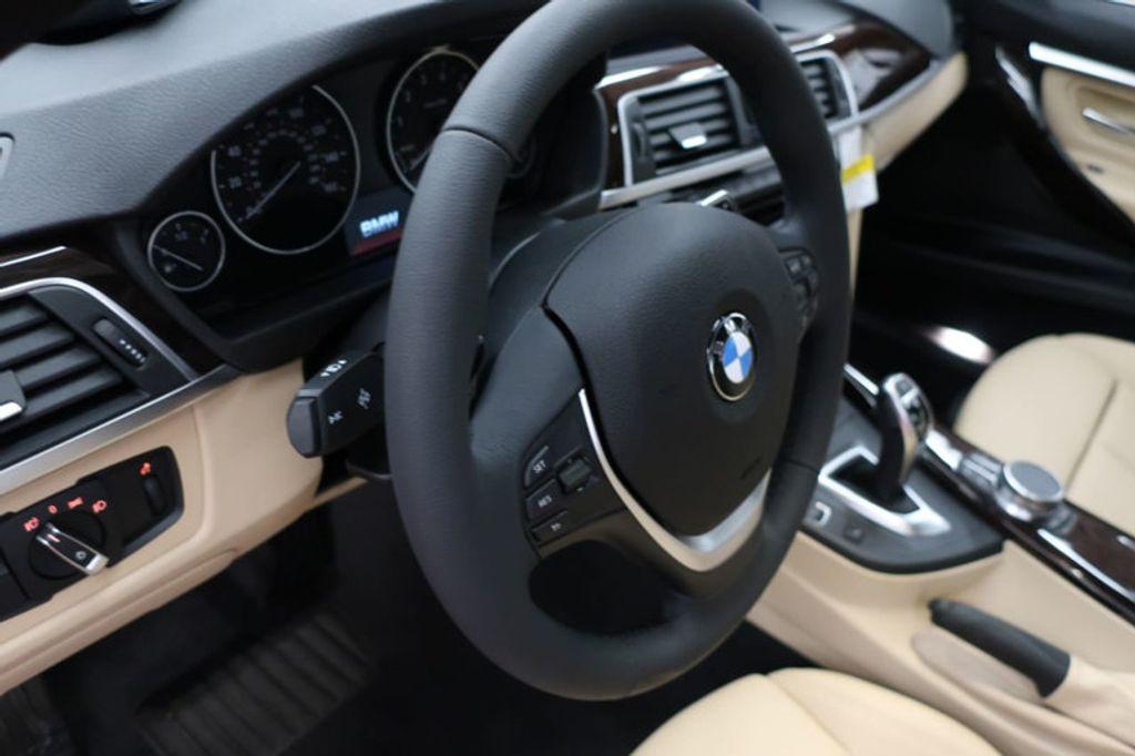 2017 BMW 3 Series 330i - 16640646 - 33