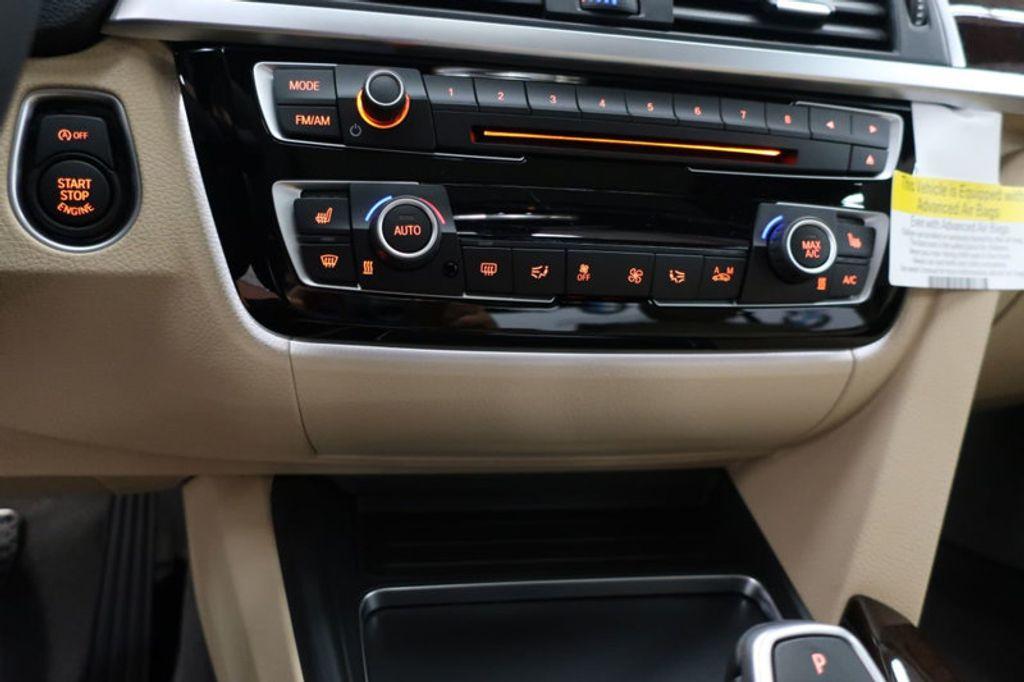 2017 BMW 3 Series 330i - 16640646 - 42