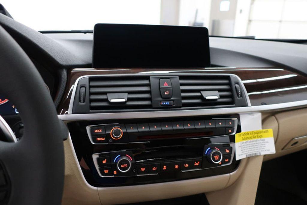 2017 BMW 3 Series 330i - 16640646 - 47