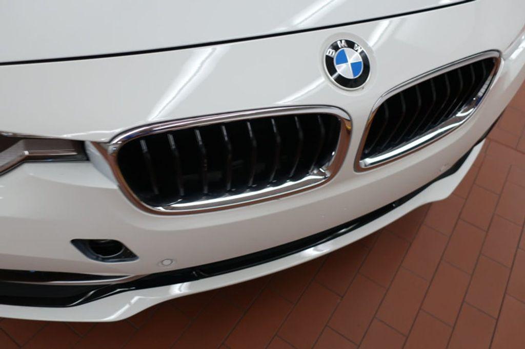 2017 BMW 3 Series 330i - 16640646 - 7