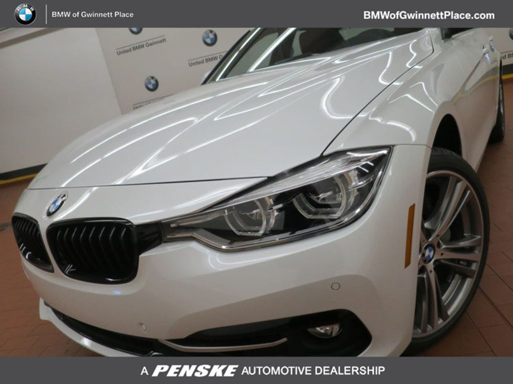 2017 BMW 3 Series 340i - 15843756 - 0