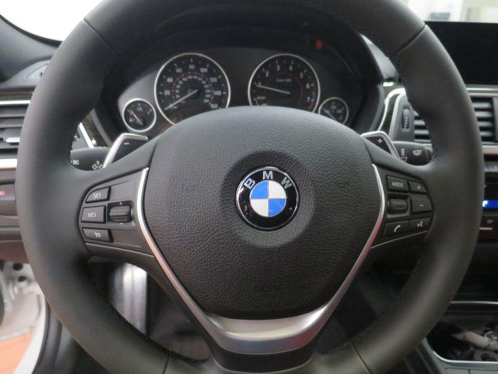 2017 BMW 3 Series 340i - 15843756 - 36