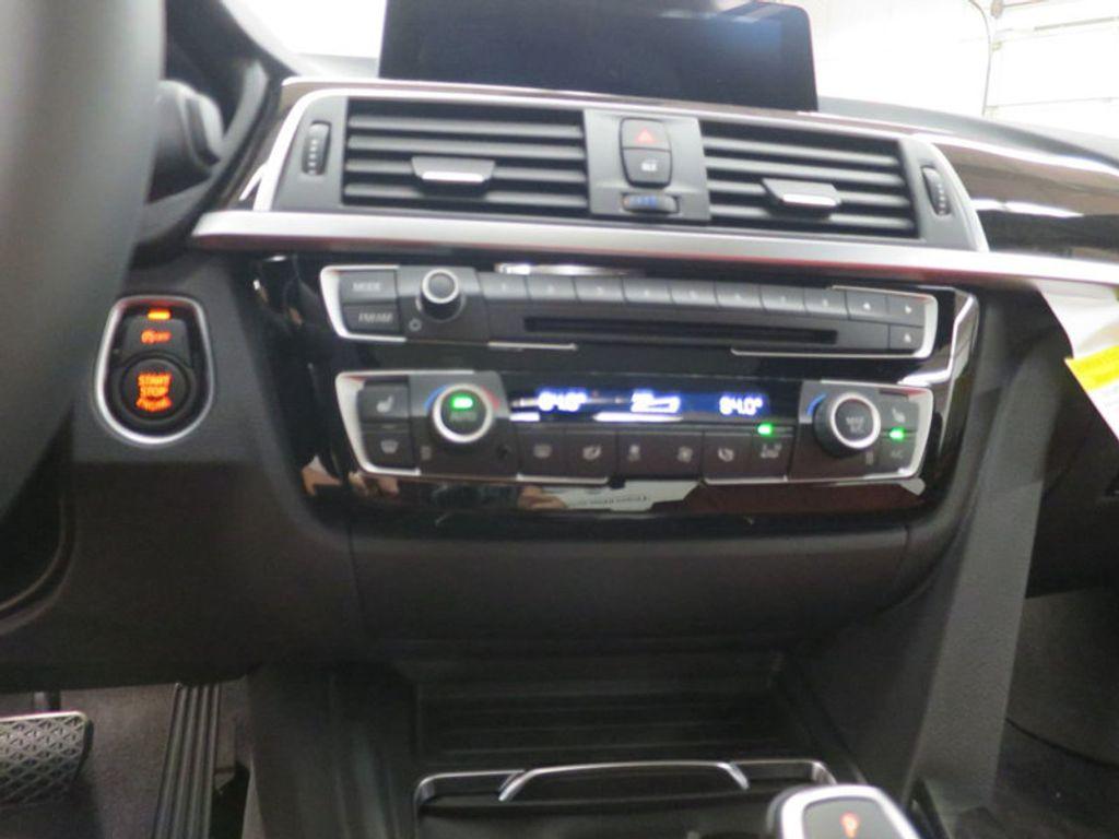 2017 BMW 3 Series 340i - 15843756 - 41