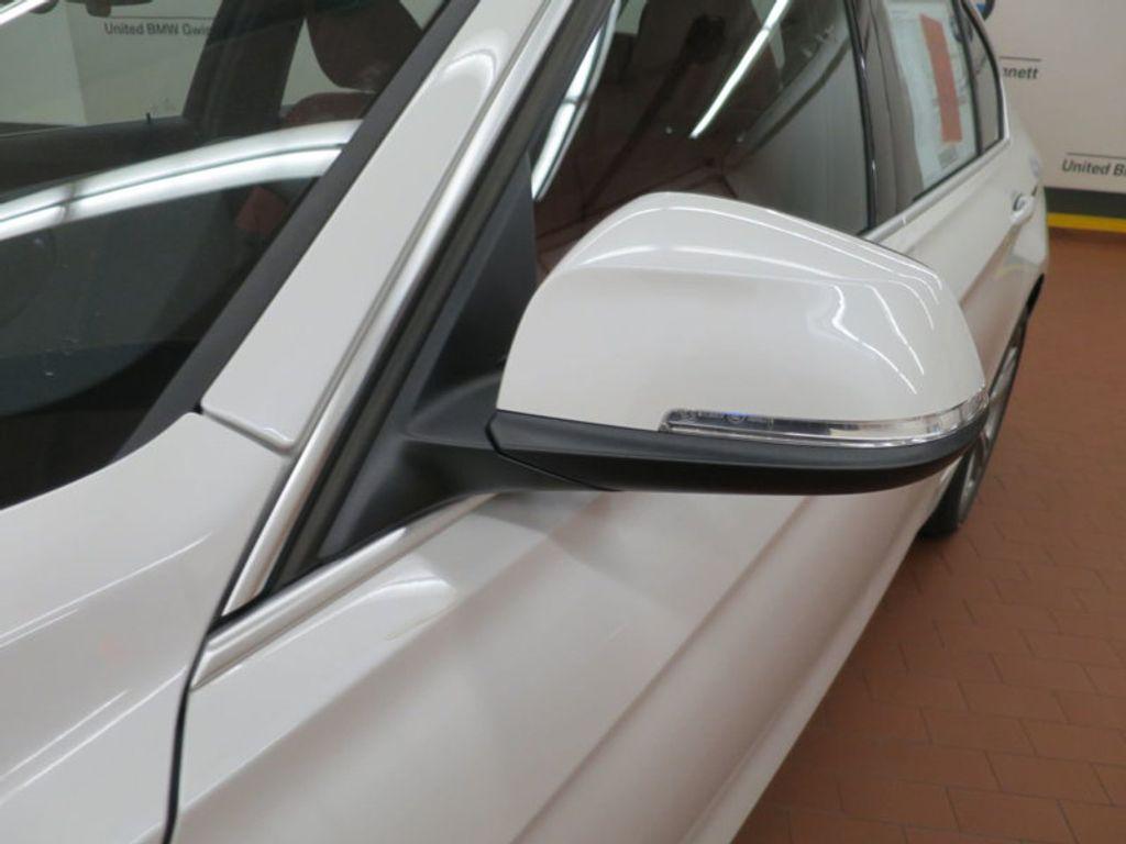 2017 BMW 3 Series 340i - 15843756 - 8
