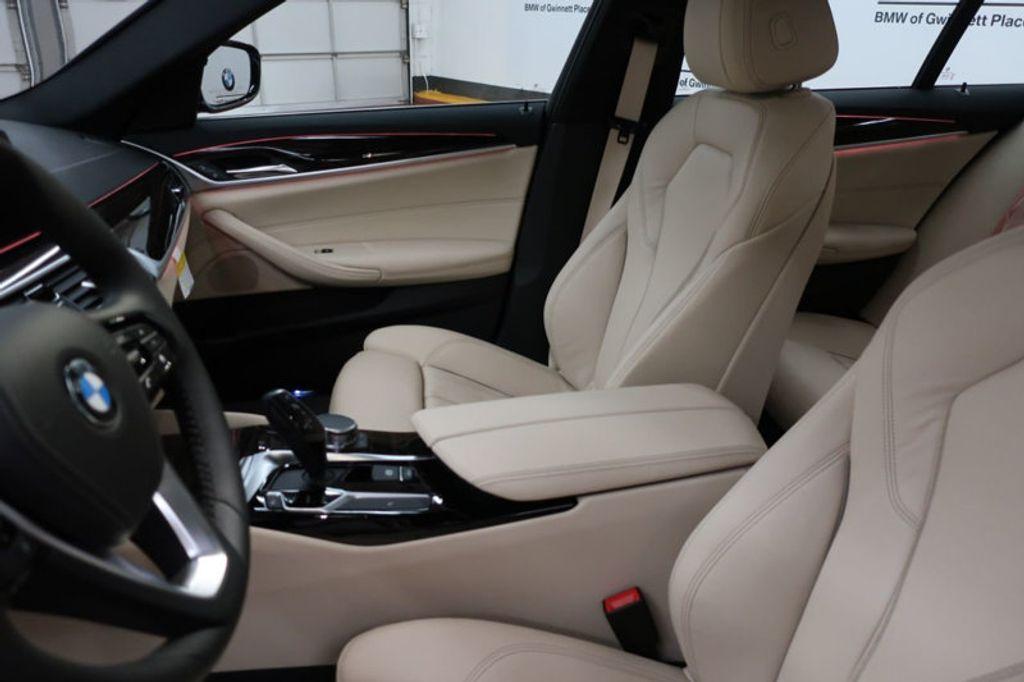 2017 BMW 5 Series 530i - 16635904 - 12