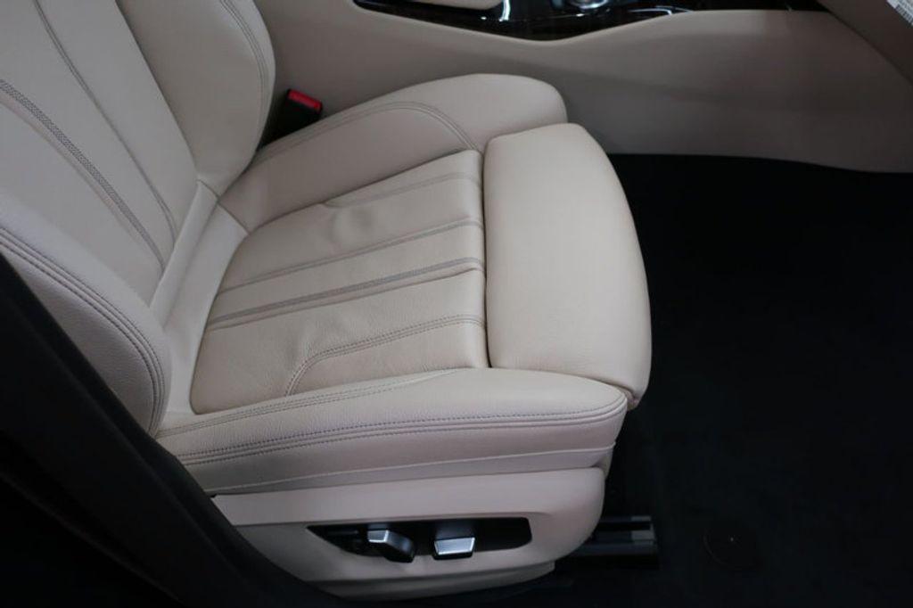 2017 BMW 5 Series 530i - 16635904 - 22