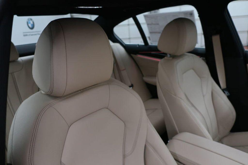 2017 BMW 5 Series 530i - 16635904 - 23
