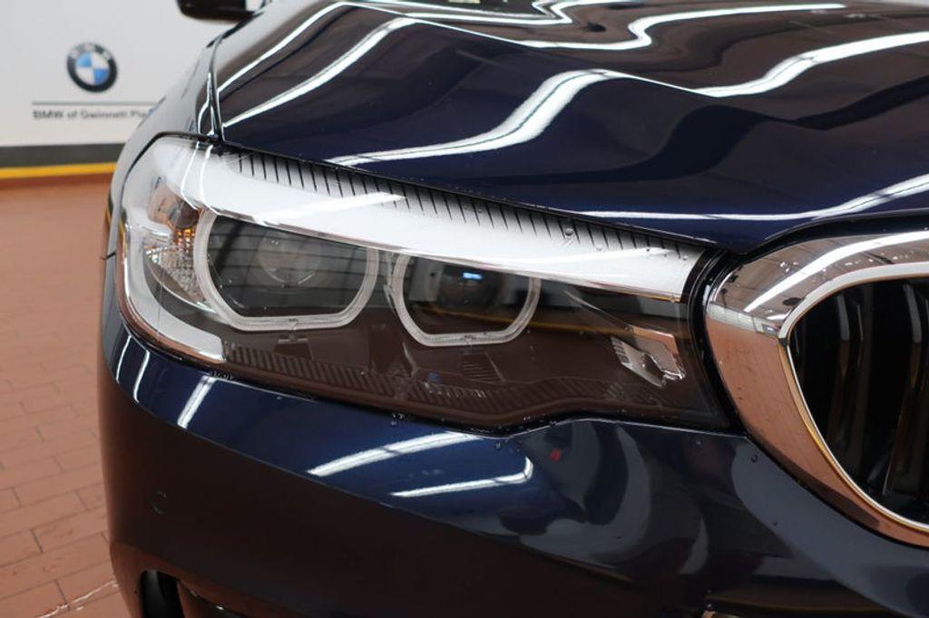 2017 BMW 5 Series 530i - 16635904 - 8