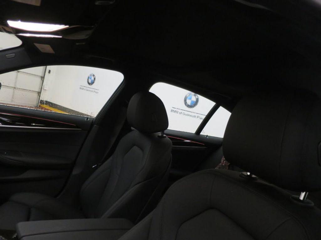 2017 BMW 5 Series 530i - 16723751 - 14