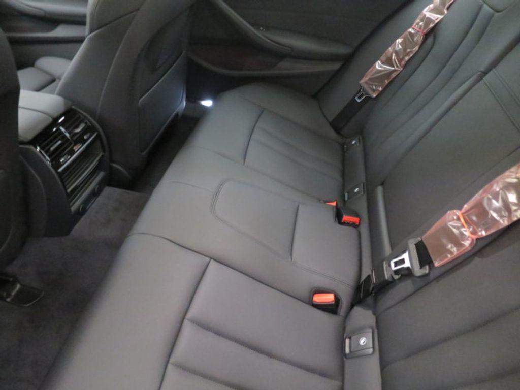 2017 BMW 5 Series 530i - 16723751 - 19