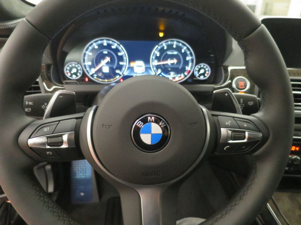2017 BMW 6 Series 640i Gran Coupe - 15876102 - 38