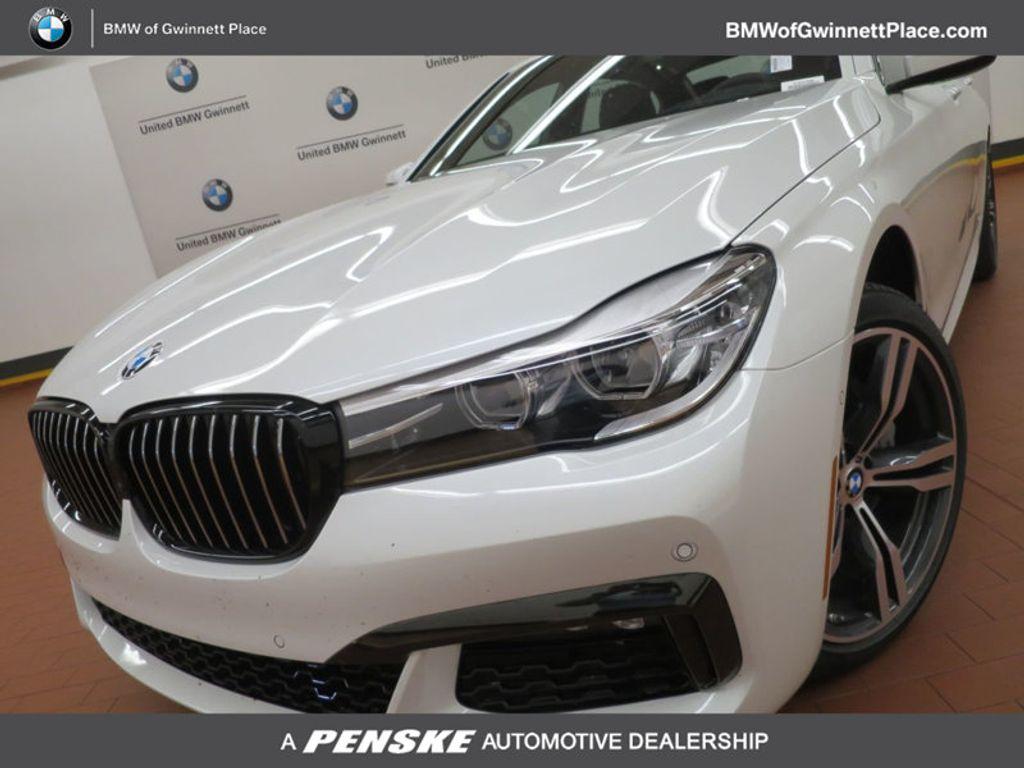 2017 BMW 7 Series 740i - 16087161 - 0