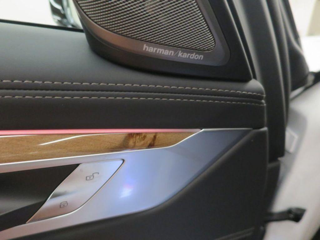 2017 BMW 7 Series 740i - 16087161 - 15