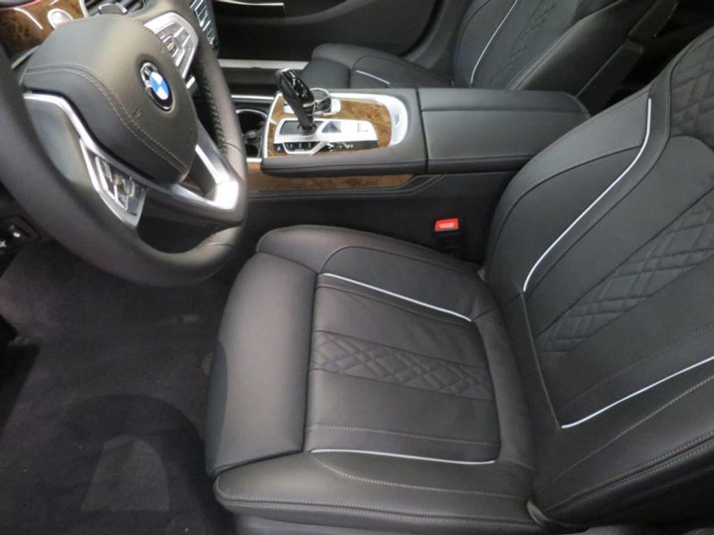 2017 BMW 7 Series 740i - 16087161 - 17
