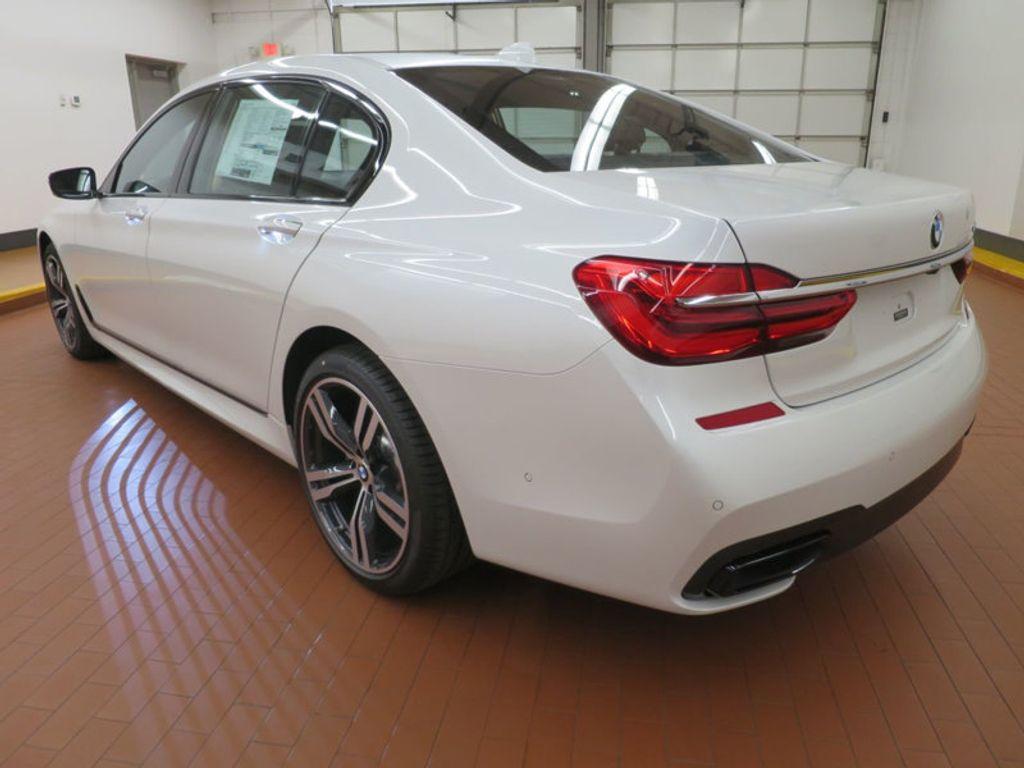 2017 BMW 7 Series 740i - 16087161 - 2