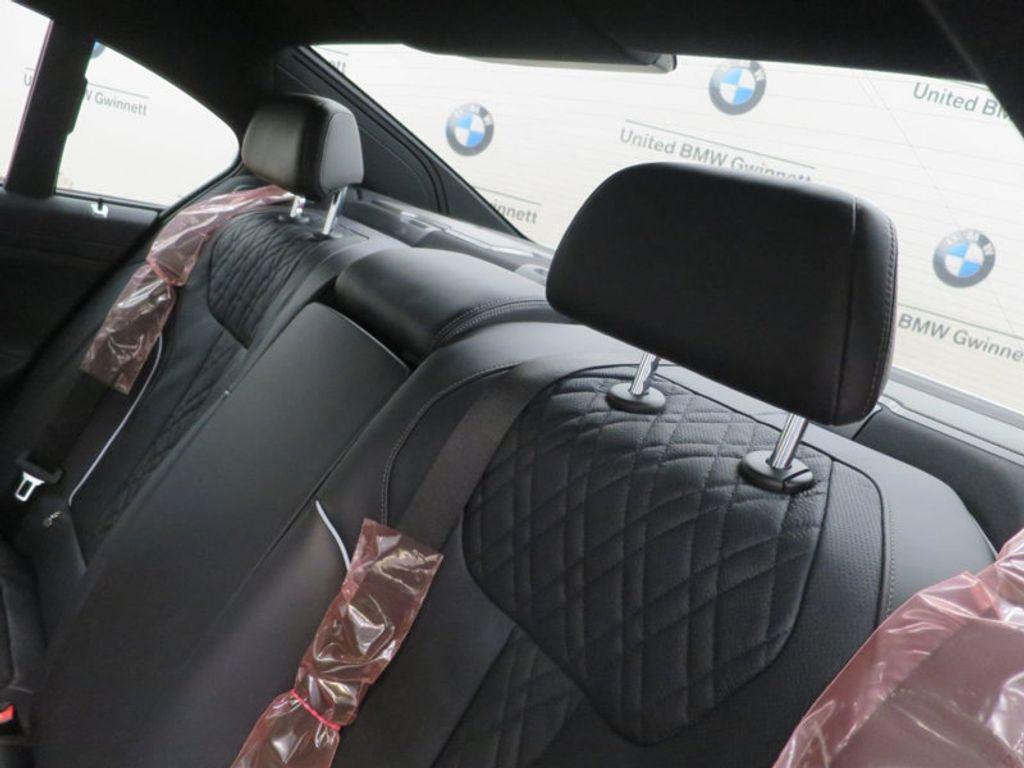 2017 BMW 7 Series 740i - 16087161 - 29