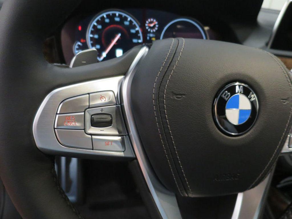 2017 BMW 7 Series 740i - 16087161 - 46