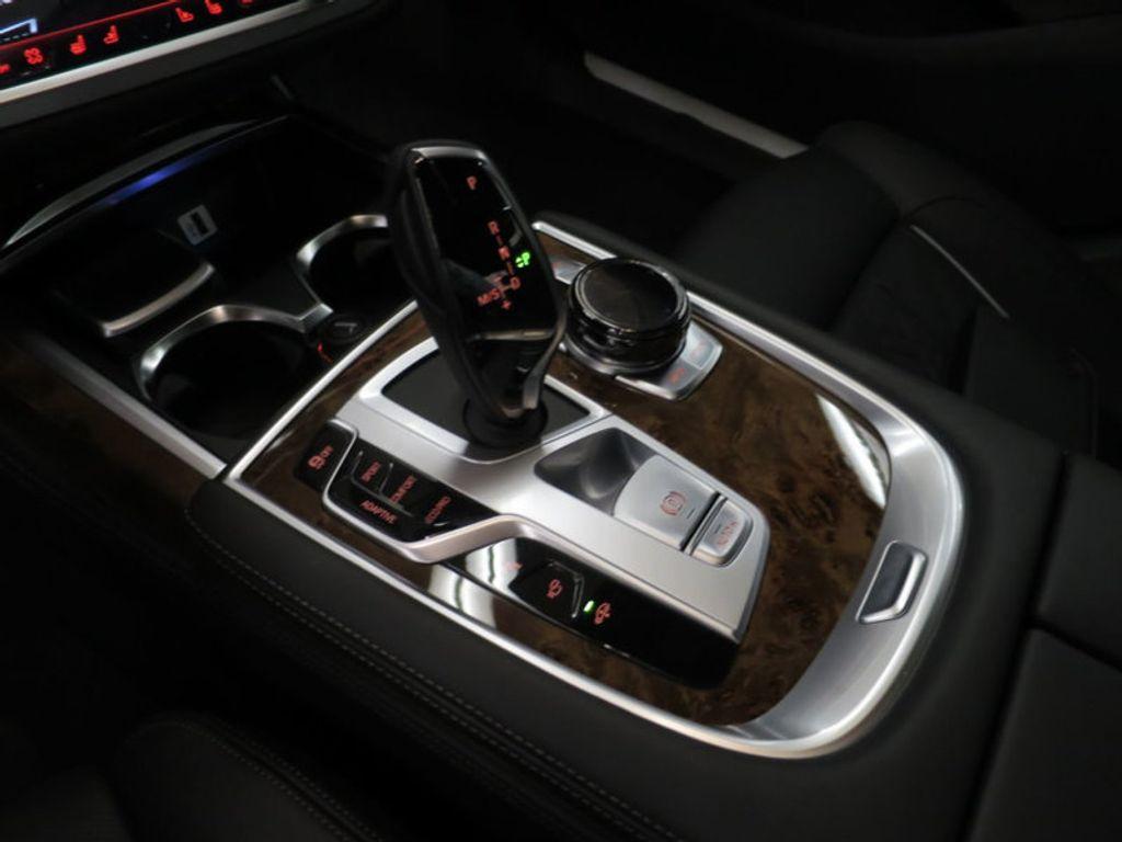 2017 BMW 7 Series 740i - 16087161 - 57