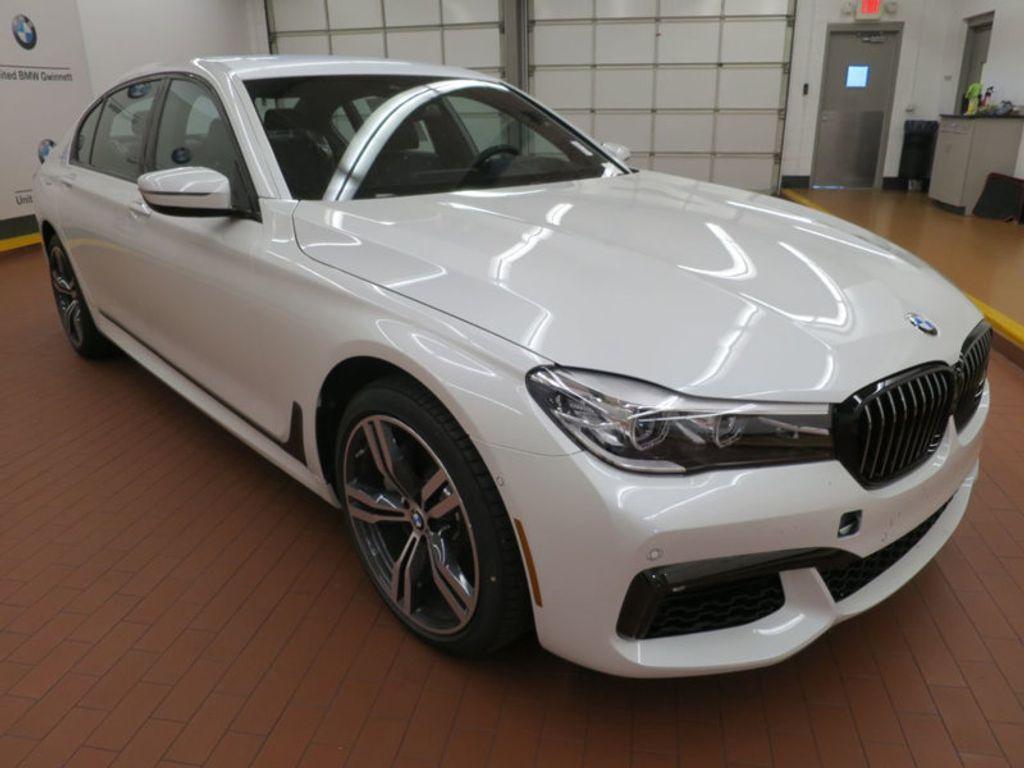2017 BMW 7 Series 740i - 16087161 - 5