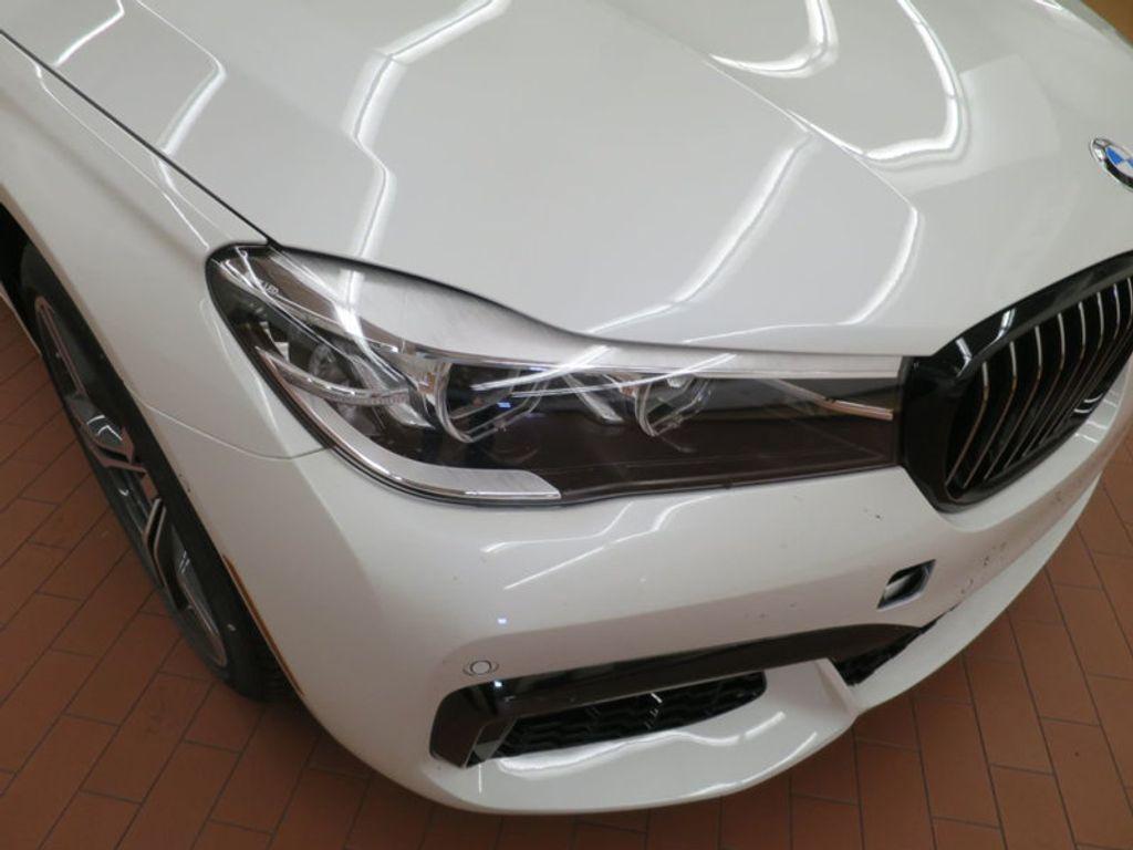 2017 BMW 7 Series 740i - 16087161 - 7