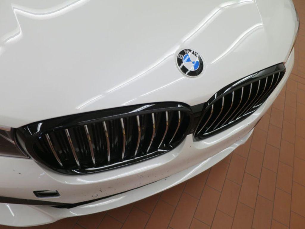 2017 BMW 7 Series 740i - 16087161 - 8