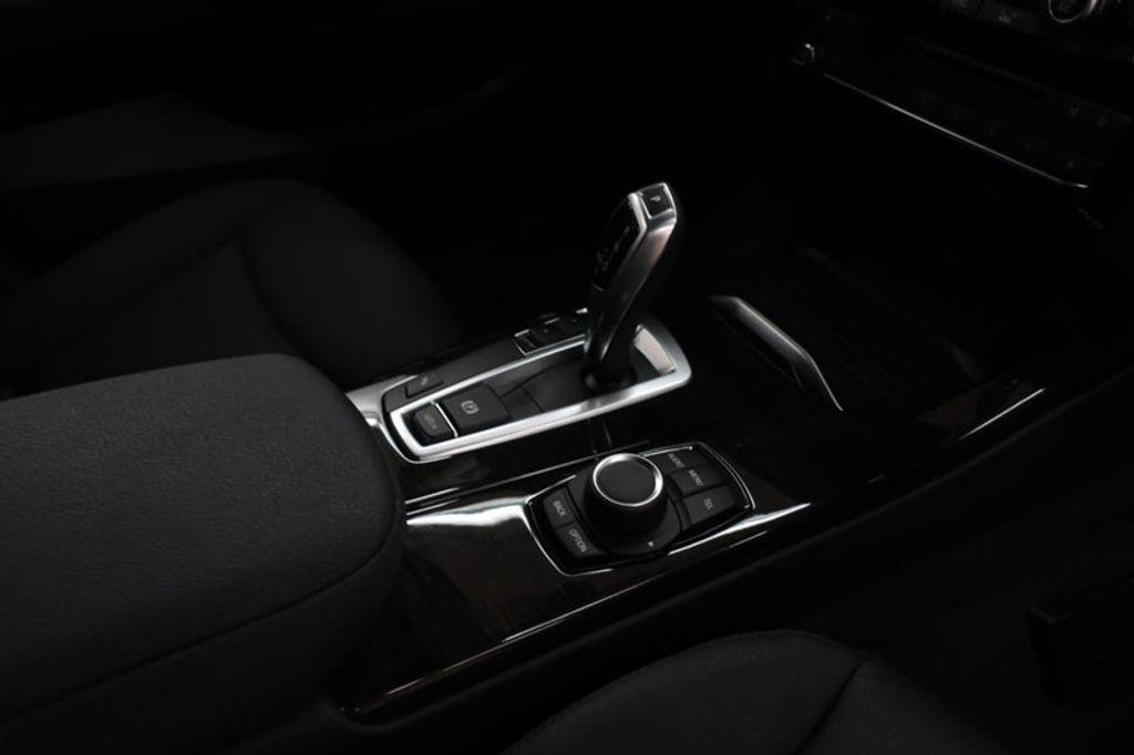 2017 BMW X3 sDrive28i - 16640630 - 25