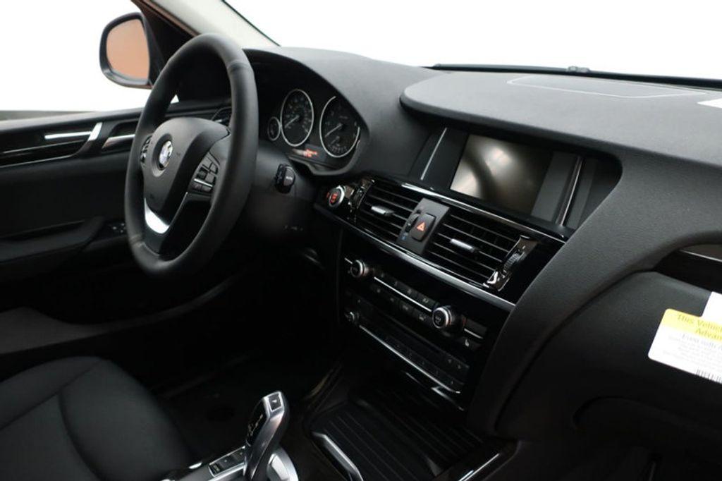2017 BMW X3 sDrive28i - 16640630 - 26