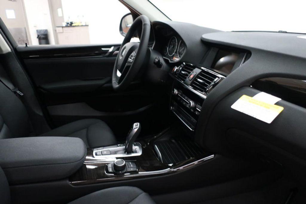 2017 BMW X3 sDrive28i - 16640630 - 28
