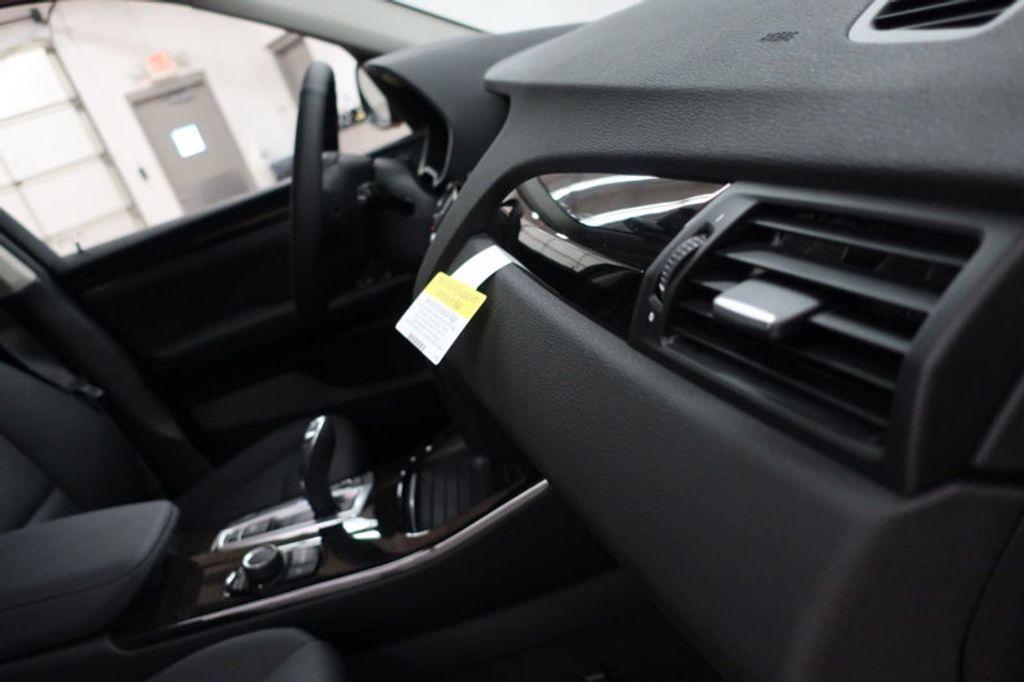 2017 BMW X3 sDrive28i - 16640630 - 29