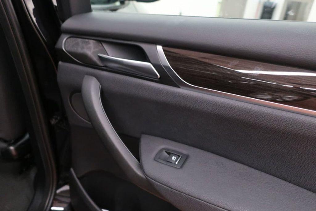 2017 BMW X3 sDrive28i - 16640630 - 31