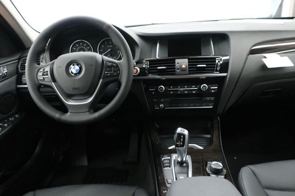 2017 BMW X3 sDrive28i - 16640630 - 34