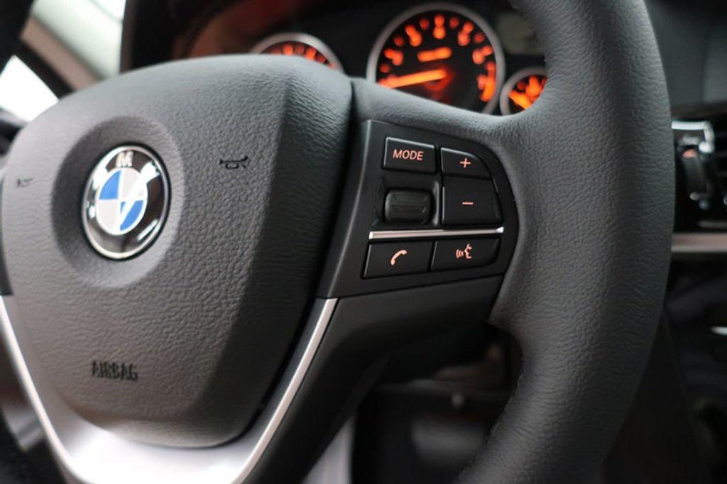 2017 BMW X3 sDrive28i - 16640630 - 38