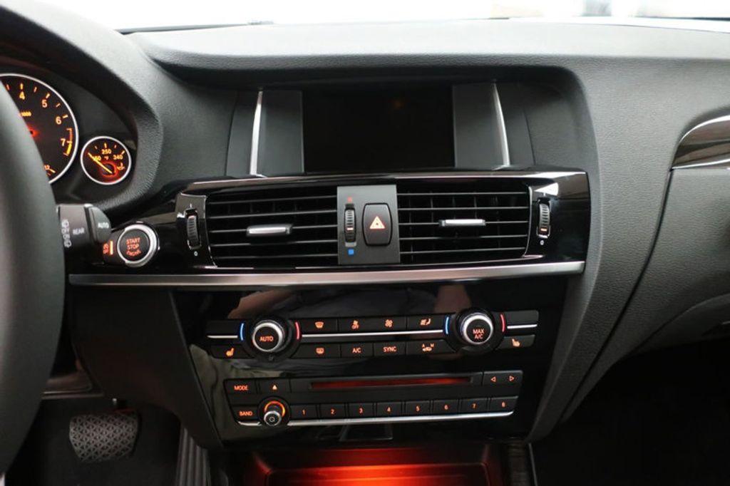 2017 BMW X3 sDrive28i - 16640630 - 41