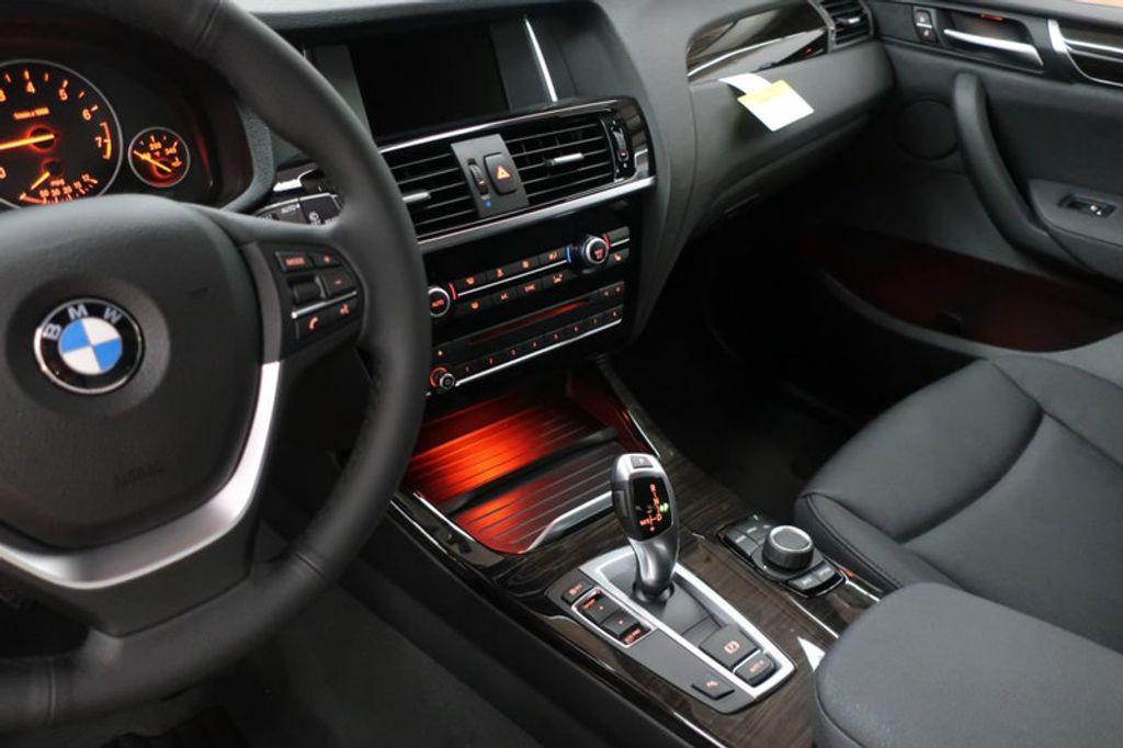 2017 BMW X3 sDrive28i - 16640630 - 42