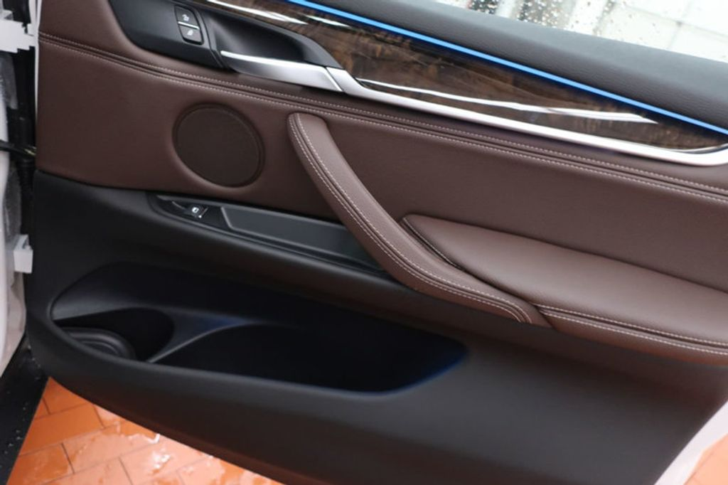 2017 BMW X5 sDrive35i Sports Activity Vehicle - 16712951 - 23