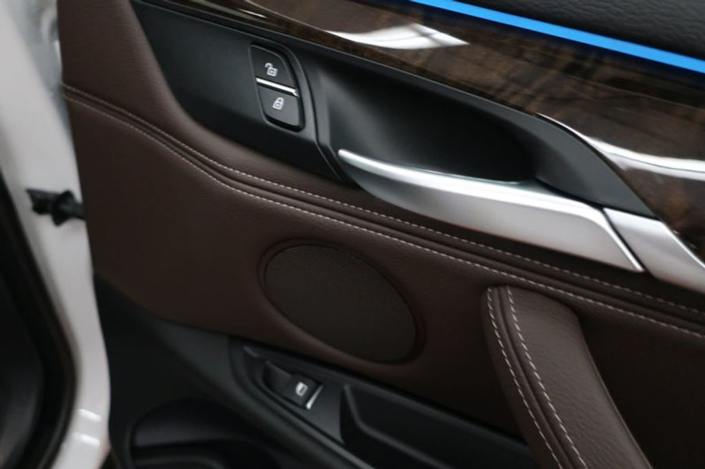 2017 BMW X5 sDrive35i Sports Activity Vehicle - 16712951 - 24