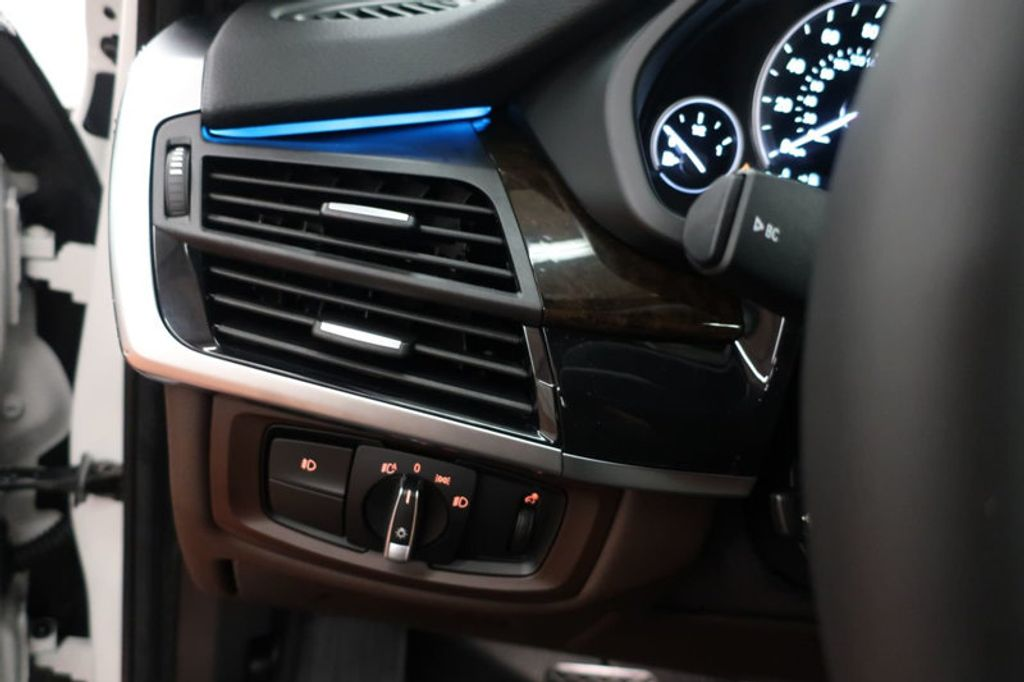 2017 BMW X5 sDrive35i Sports Activity Vehicle - 16712951 - 32
