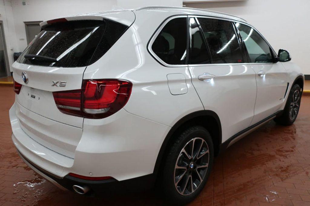 2017 BMW X5 sDrive35i Sports Activity Vehicle - 16712951 - 3