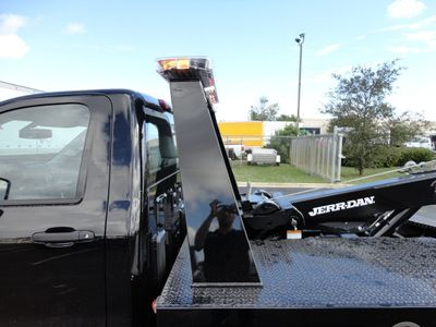2017 Chevrolet Silverado 3500HD .JERRDAN MPL-NGS AUTO LOADER WRECKER TOW - Click to see full-size photo viewer