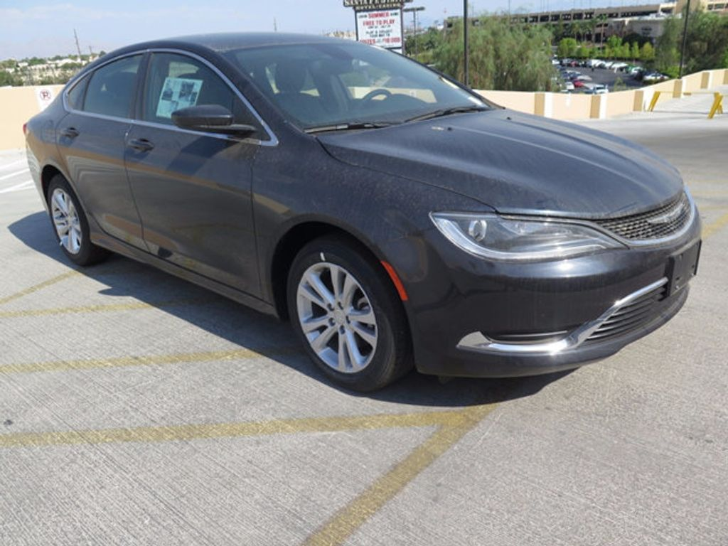 2017 Chrysler 200 Limited Platinum FWD - 16731706 - 2