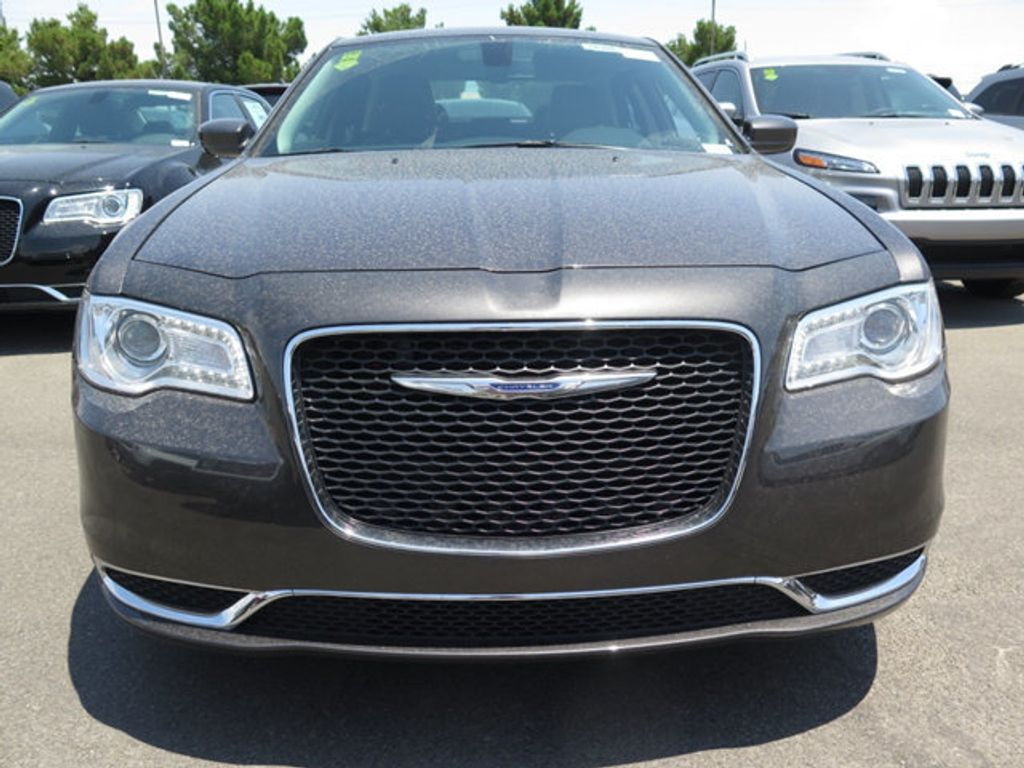 2017 Chrysler 300 Limited RWD - 16731726 - 1