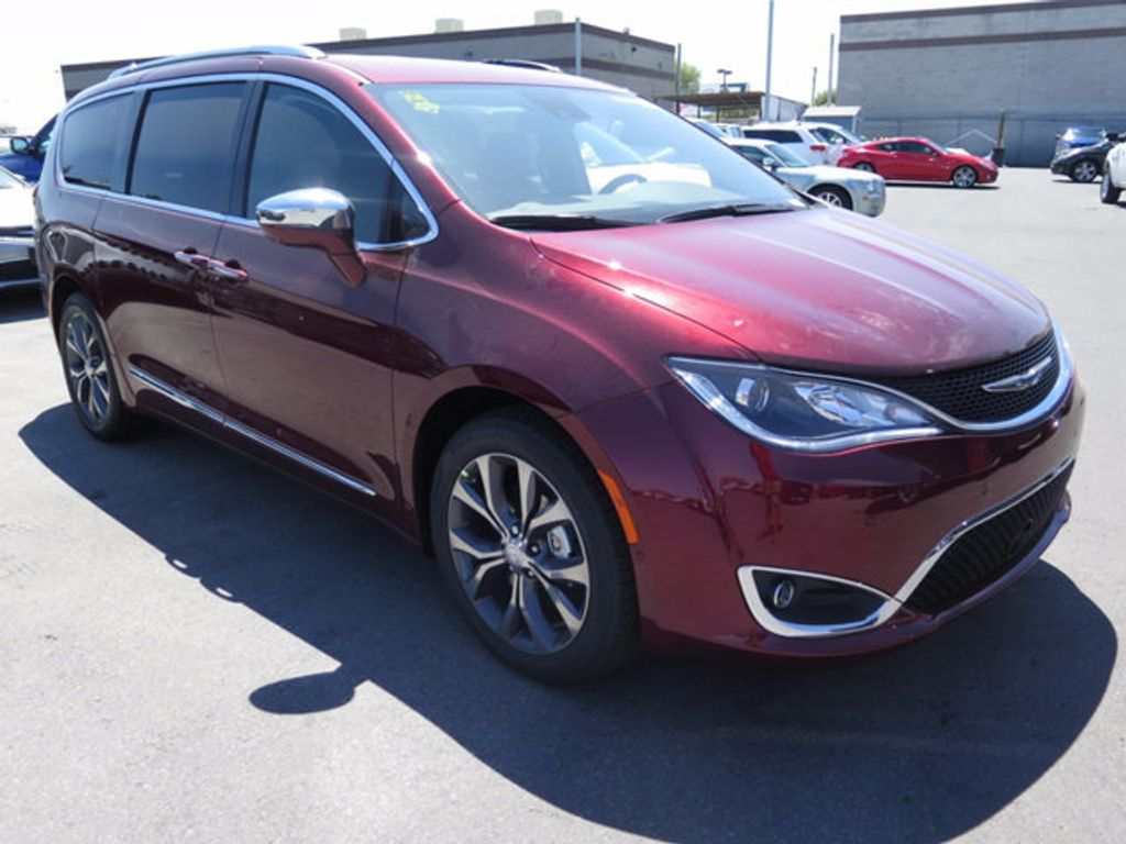 2017 Chrysler Pacifica Limited - 16731551 - 2