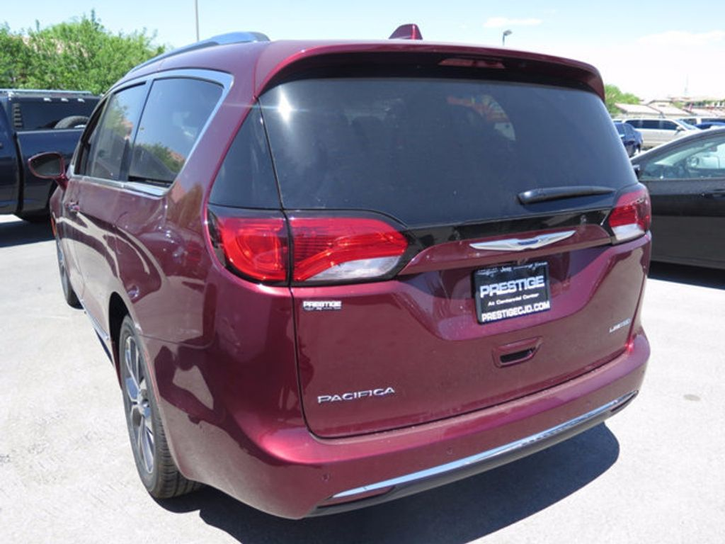 2017 Chrysler Pacifica Limited - 16731551 - 3