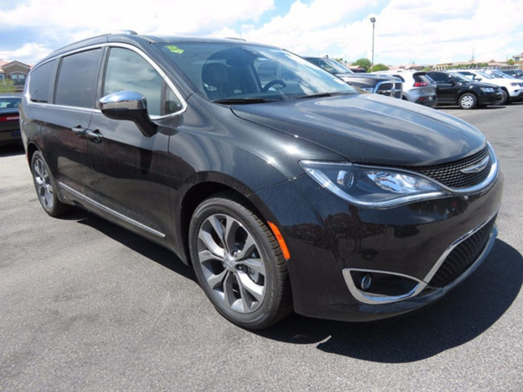 2017 Chrysler Pacifica Limited - 16731553 - 2